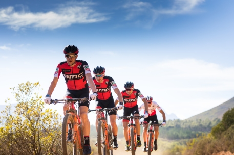 Wahoo_BMC Mountain Bike Racing team (1)