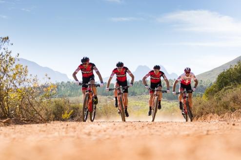 Wahoo_BMC Mountain Bike Racing team (3)